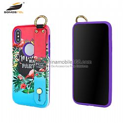 Funda serie paul knight con diseño relieve 3D y soporte de pulsera
