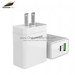 Universal compatibility PD travel adapter for IP charger