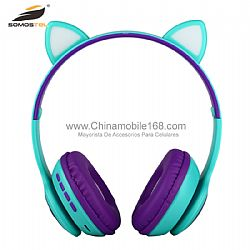 LED RGB Cat Ear Headphone With Black Magnetic Horn