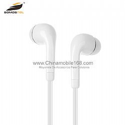 Tradditional in-ear design headset with 3.5 mm stereo plug
